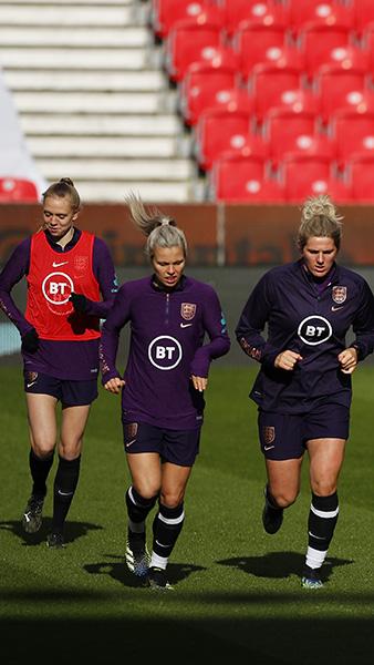 England Women's squad training