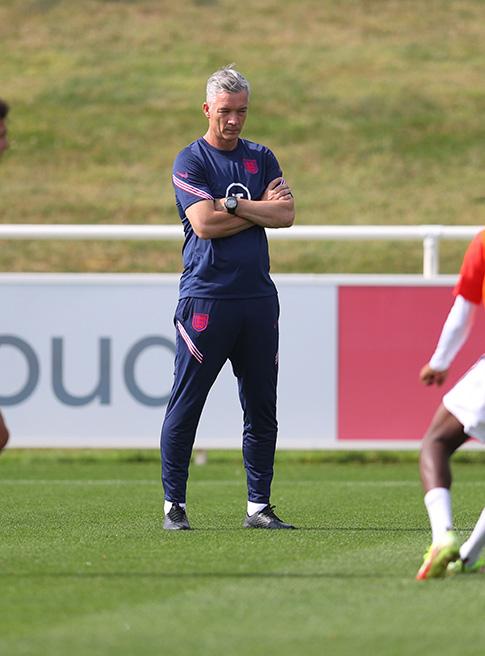 England MU20s head coach Andy Edwards